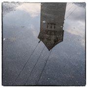 Regen ermöglicht Spiegelbilder